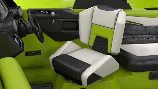 Axis-T22-Helm-Seat